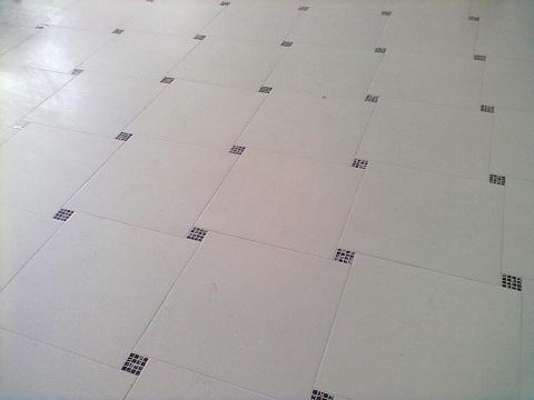 Põranda plaatimine